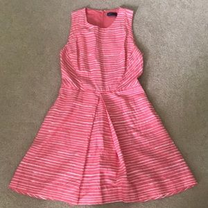 Pink A-line dress with pockets